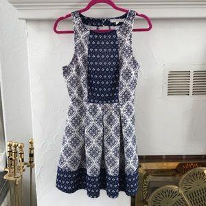Rewind blue/white pattern sleeveless dress